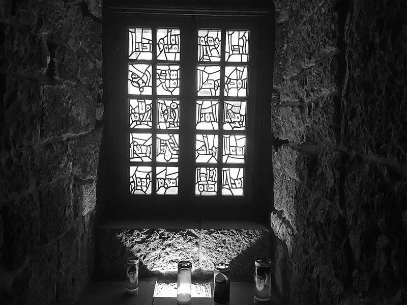 Seven days, seven black and white photos of your daily life. No people! No... (Mazar Saint Charbel-Annaya)
