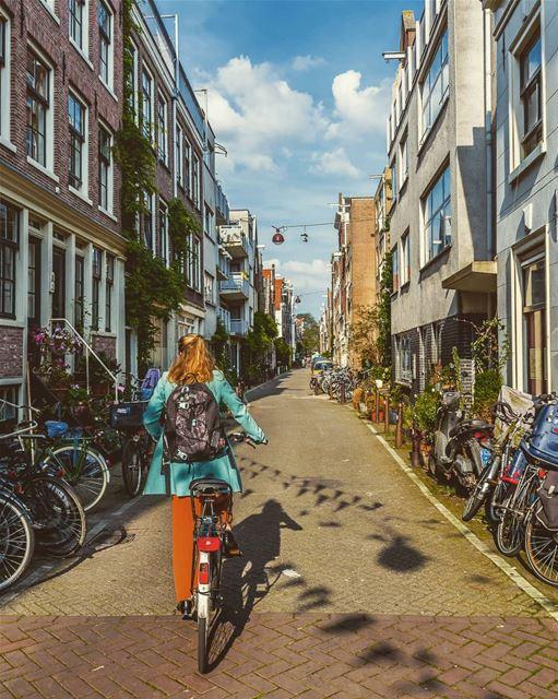 Location: Amsterdam , Netherlands Date: 08-2017 Instagram : @jadmakarem ... (Amsterdam, Netherlands)