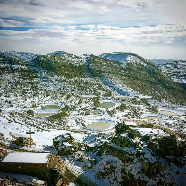 lebanon akoura laklouk intothewild livelovelaklouk liveloveakoura ... (Jabal Saïdet el Qarn)