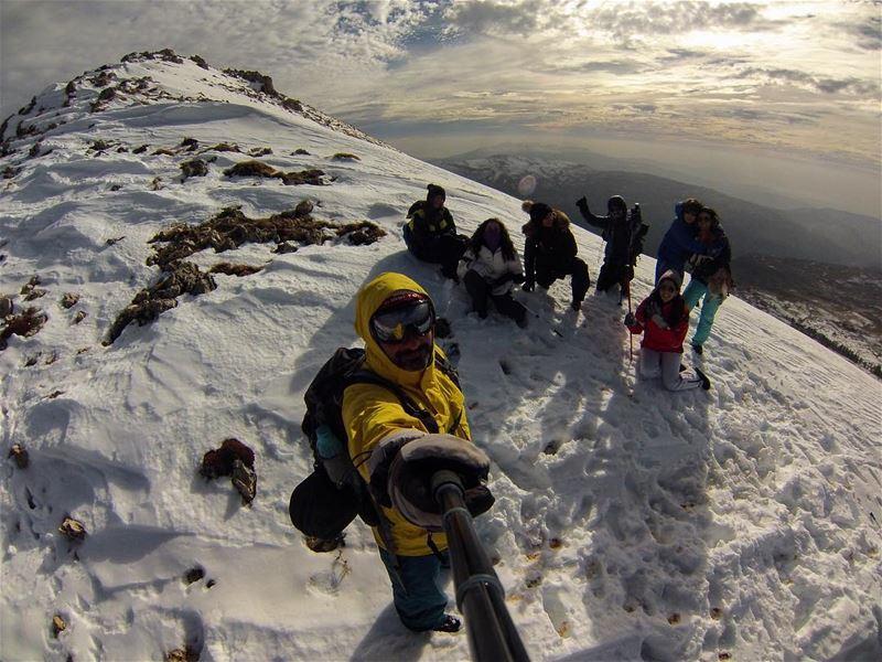 End of year resolution: hike more 🌲❄️🗻🏔🏕 (Mzaar Kfardebian)