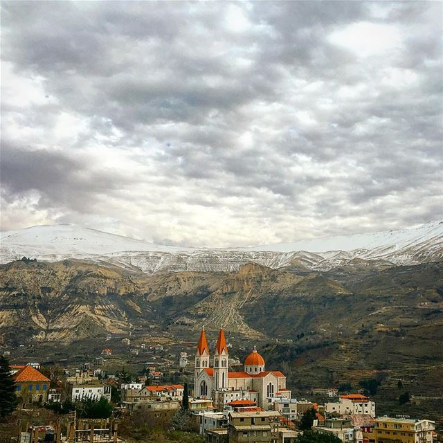 Climb mountains not so the world can see you, but so you can see the... (Bcharreh, Liban-Nord, Lebanon)