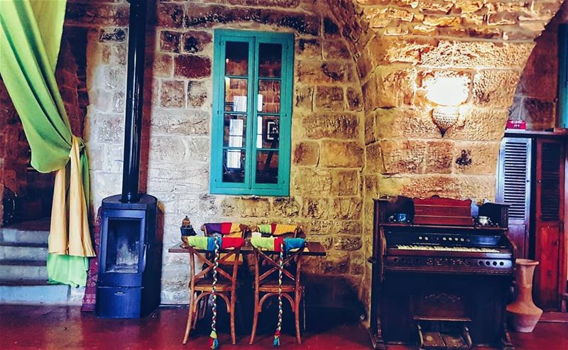 Amazing  place, peaceful  ambiance and cosy  corner 👌📍 @deiraloumara ... (Deir al Oumara)