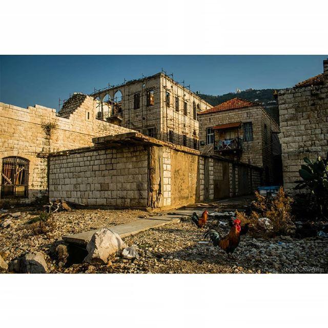old lebanese house jounieh lebanon architecture rooster ... (جونية - Jounieh)
