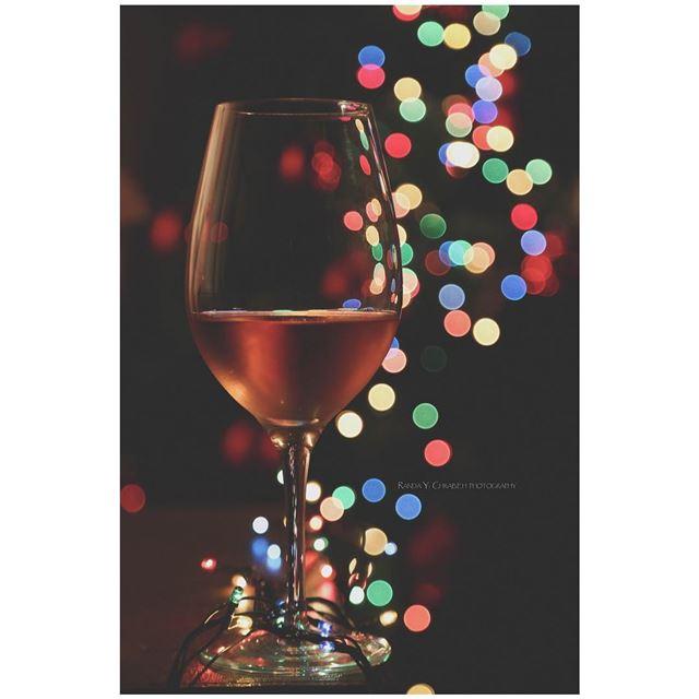 Wishing you a happy new year 2️⃣0️⃣1️⃣8️⃣ randaychrabiehphotography ...