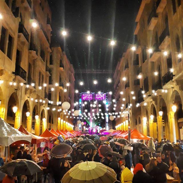 يا ست الدنيا يا بيروت 🎉🎉 (Downtown Beirut)
