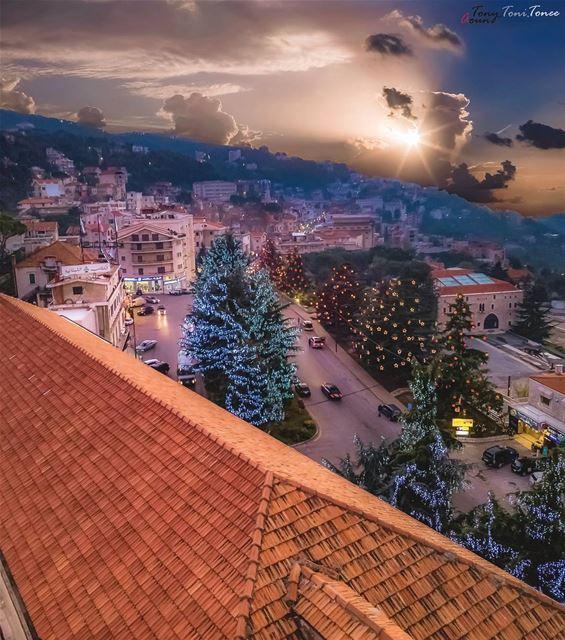 ((: HavINg FuN :)) lebanon bekfaya metn sunset rooftop drone dji ... (Bikfaïya, Mont-Liban, Lebanon)