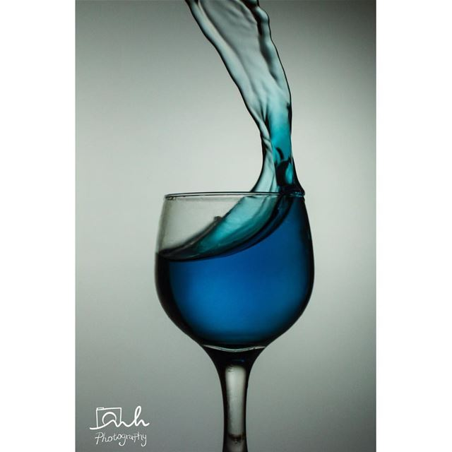 Glass and Liquid highspeed blue light studio sunday photography ...