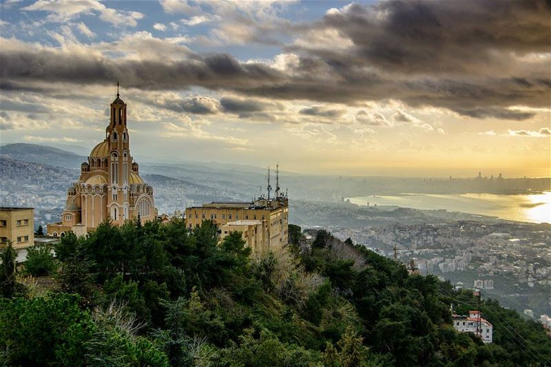 After a rainy day. A beautiful Sunset appeared above Beirut. Harissa,... (Harîssa, Mont-Liban, Lebanon)
