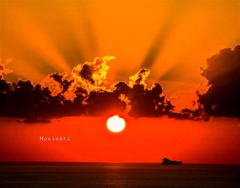 ig_myshot ig_myshots ig_masterpiece epicshot ig_epicshotz nakedplanet... (Lebanon)