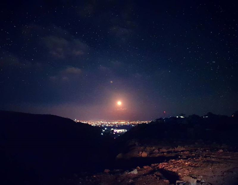 From the mountains to the valleys: Hello FullMoon 🌚 (Beqaa Governorate)