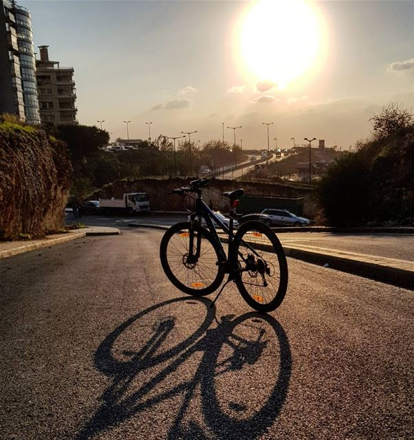 Warming up a cold busy day...☀️ beirut  mybike........ outdoor... (Beirut, Lebanon)