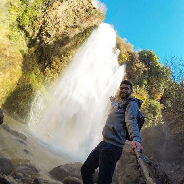 Chasing Waterfalls ☔ (Kfarhelda)