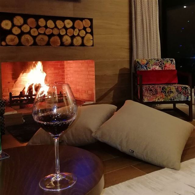 wine evening fireplace friends family cozy warm instapic ...
