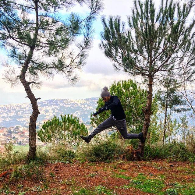 🇱🇧🌲🇱🇧🌲🇱🇧🌲🇱🇧🌲🇱🇧 Hiking nature naturephotography naturelovers... (Dhour choueir)