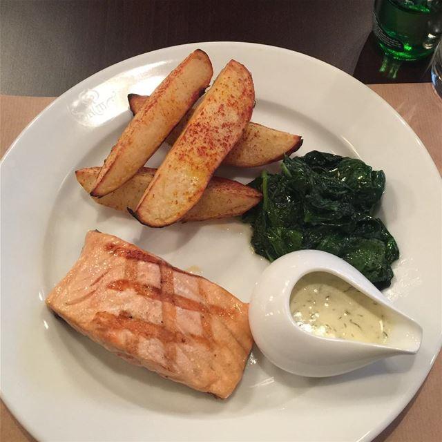 salmon yummy yummyfood instagood foodporn like4like lebanon ... (CityWalk Hazmieh)