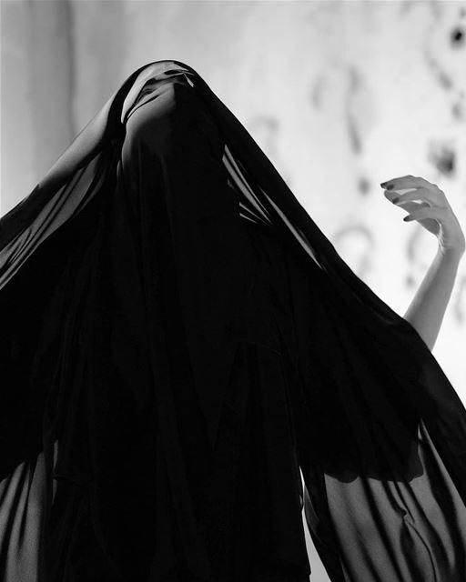 ~ 👧🏻 ~... beirut burka hijab hijabstyle hijabfashion portrait ... (Beirut, Lebanon)
