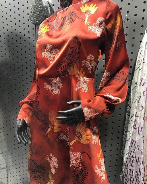 Japanese style dress DailySketchLook 205 shopping italian boutique ... (Er Râbié, Mont-Liban, Lebanon)
