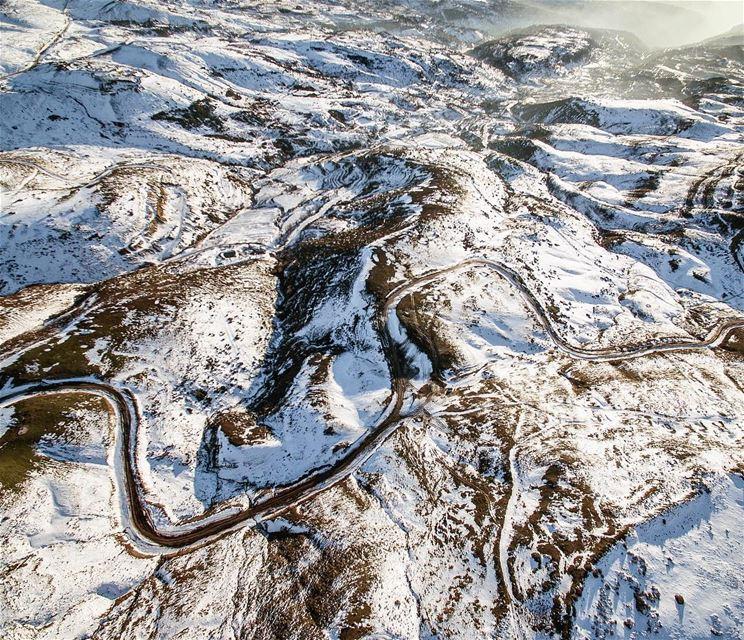 My way or the Highway !📍Sannine, Mount Lebanon, Lebanon | 2017..━ ━ ━... (Matn District)