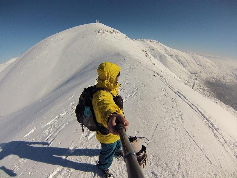 I simply love mountains ❤️ (Mzaar Kfardebian)