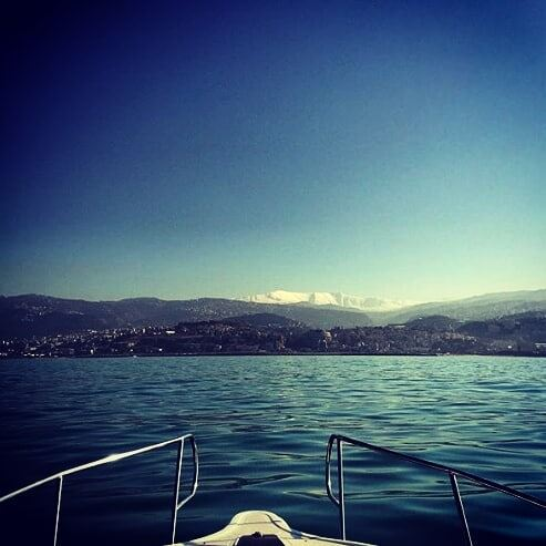 That's what you'll adore about Lebanon ! livelovelebanon sea mountains... (Joünié)