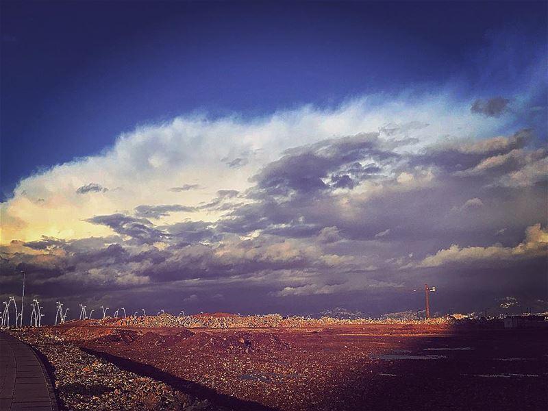 After a storm ⛈ comes a calm ☀️@insta_lebanon @mylebanon @mycitybeirut @m (Beirut, Lebanon)