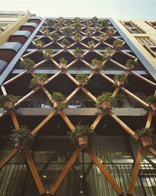 Para os amantes do design e da arquitetura, a Beirute pós-guerra oferece... (Achrafieh, Lebanon)