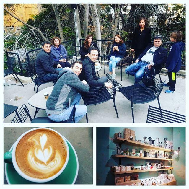 La famiglia.. on ne les choisit pas mais on les aime quand meme.. my... (Kalei Coffee Co.)
