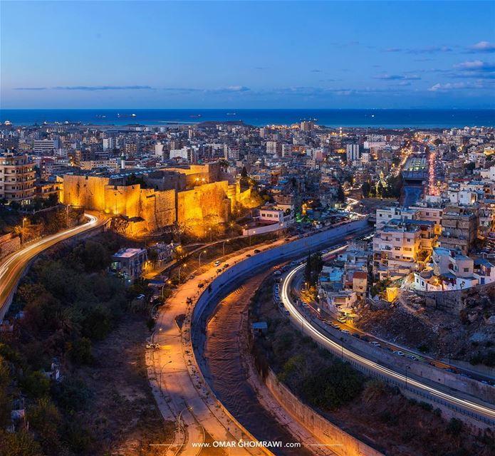 Blue Hour of the old city of Tripoliقلعة طرابلس والمدينة القديمة لحظات بعد (Tripoli, Lebanon)