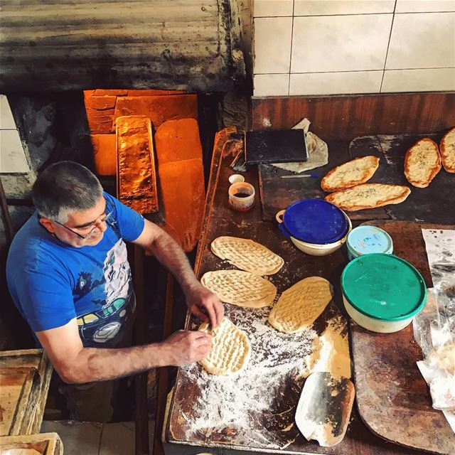 Old bakeries make soul bread🍞 Lebanon tb travel travelgram traveler... (Zahlé, Lebanon)