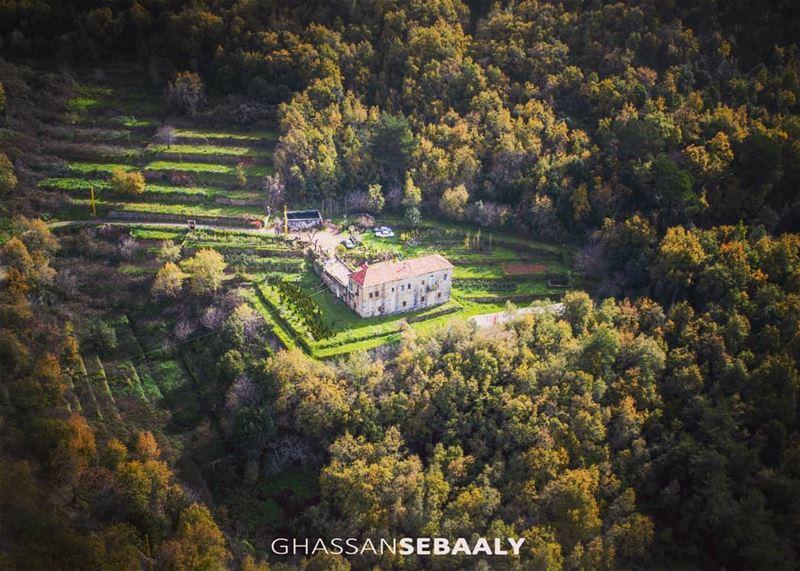 🏚 photography dji drone house farm farmhouse quadcopter lebanon ... (Beït Chabâb, Mont-Liban, Lebanon)