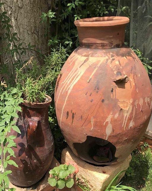Jar in the garden. zahle zahle lebanon jar garden old... (Zahlé, Lebanon)