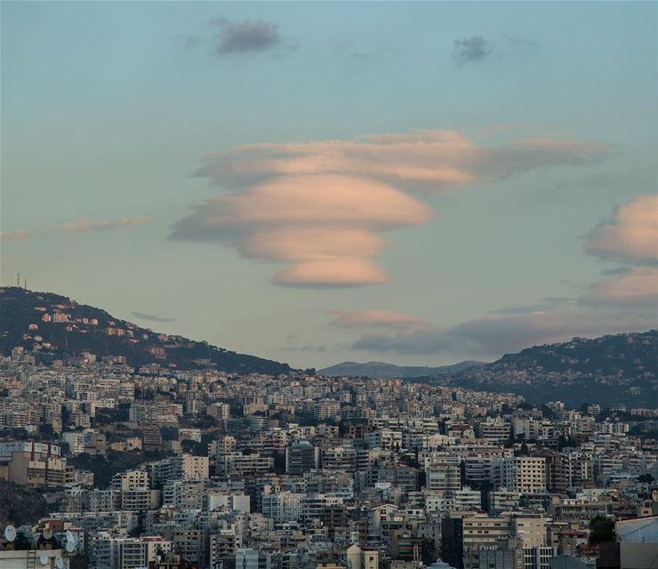 Lenticular cloud...... cloud clouds cloudsporn sky skyporn ... (Beirut, Lebanon)