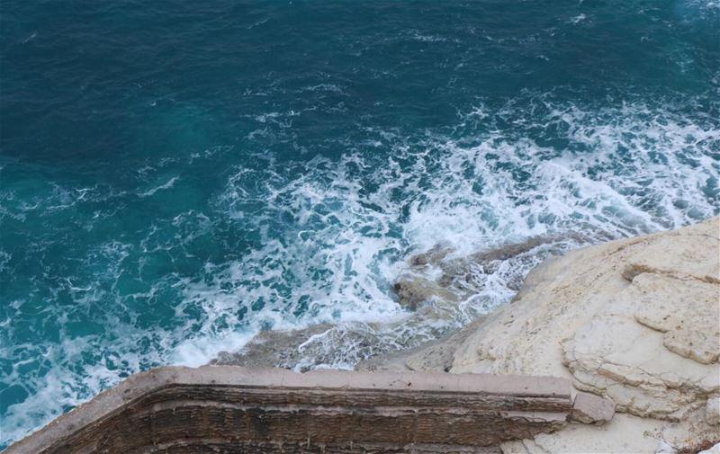 🌊.......... lebanon lebanon_hdr winter waves sea naqoura ... (En Nâqoûra, Liban-Sud, Lebanon)