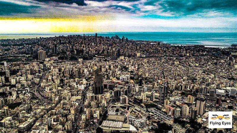 Our beloved Beirut 😍 🔴⚪⚪🌲⚪⚪🔴 _________________________________... (Beirut, Lebanon)