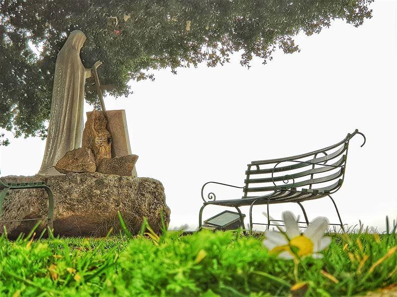 Peace is always Beautiful...🙏🌼.... serenity peaceofmind innerpeace... (Annaya)