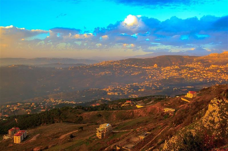 Sawfar Lebanon nature landscape sky clouds super_lebanon loves_lebanon... (Sawfar, Mont-Liban, Lebanon)