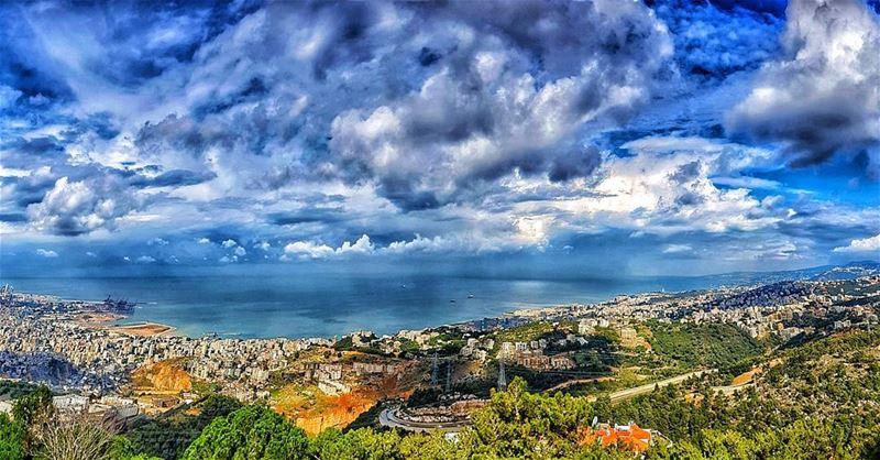 💙💙💙 skyoflebanon today cloudscape clouds cloudporn meetlebanon ... (Beit Meri, Mont-Liban, Lebanon)