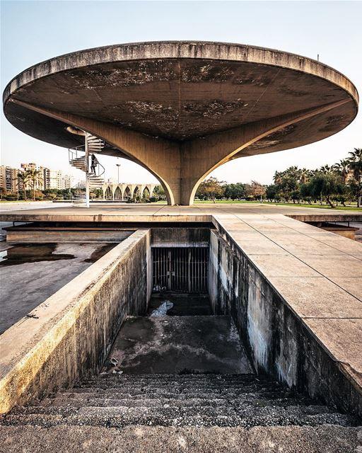 Tfadalo 3al Salon! tripoli lebanon abandoned abandonedplaces........ (Tripoli, Lebanon)