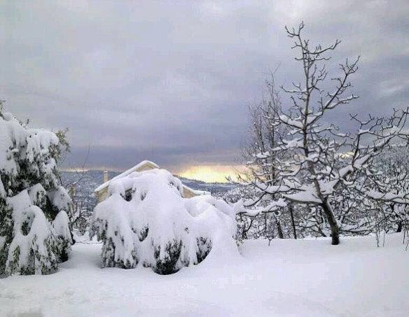 baskinta mountlebanon nature snow view sunset sunsets views naturallight... (Baskinta, Lebanon)