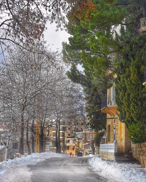 There is no way to happiness - happiness is the way - Nhat Hanh ... (Ehden, Lebanon)