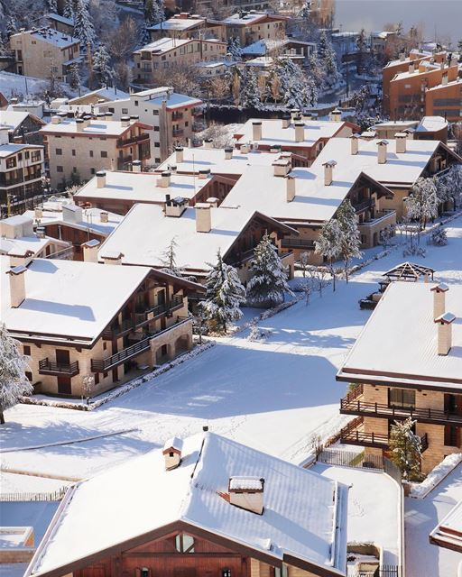 O primeiro estabelecimento 5 estrelas em uma estância de esqui do Oriente... (InterContinental Mzaar Lebanon Mountain Resort & Spa)