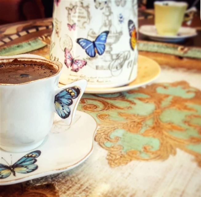 هل لي بالقليل منك لأستعيد الكثير مني...... قهوتي قهوه روقان تصوير عدست