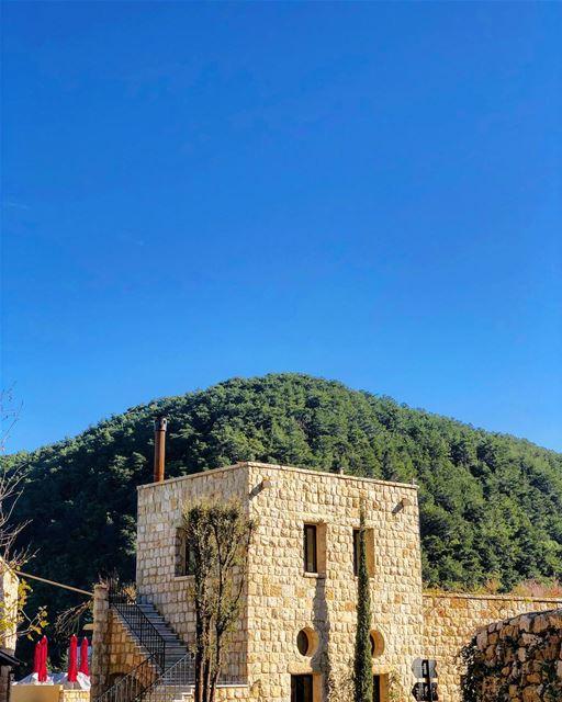 January Skies bkerzay liban libanais lebanon lebanese ... (Bkerzay)