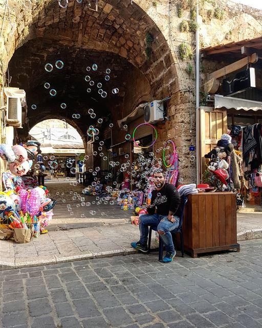 blow&pop&repeat🎈... livelovebyblos livelovebeirut lebanonbyalocal... (Byblos, Lebanon)