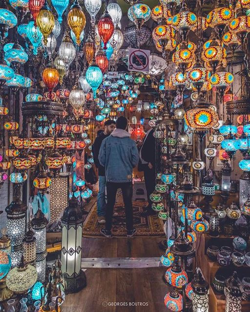COLORS ✨ — No 📷 allowed 🙄-- lensebible theworldshotz earthofficial ... (Grand Bazaar, Istanbul)