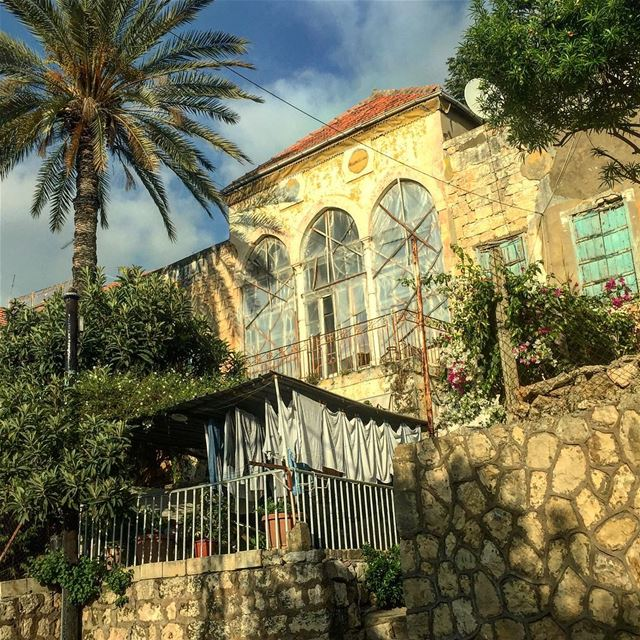 We've had sunnier days!::::::::::::::::::::::::::::::::::::::::::::::::::: (Baabda District)