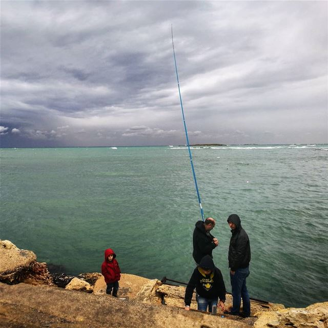 Pescador de nubes - ichalhoub in Tripoli north Lebanon shooting with a...