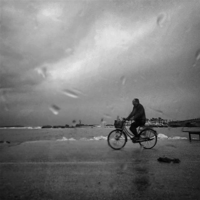Bicycle'n rain - ichalhoub in Tripoli north Lebanon shooting with a...