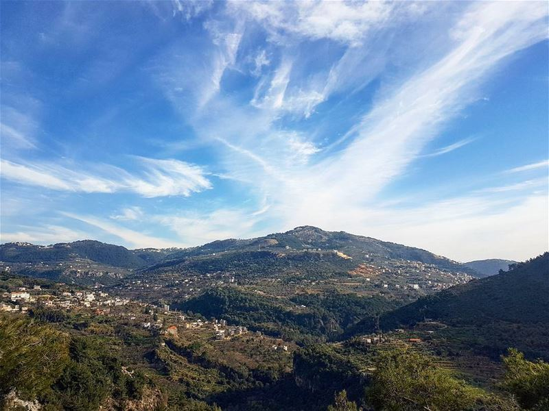 """Its always sunny above the clouds "" picoftheday sunday weekend lebanon..."