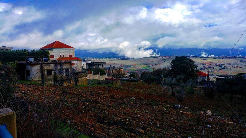 Cold wet landscapes @livelovemarjeyoun winter2k18 ... (Marjayoûn, Al Janub, Lebanon)